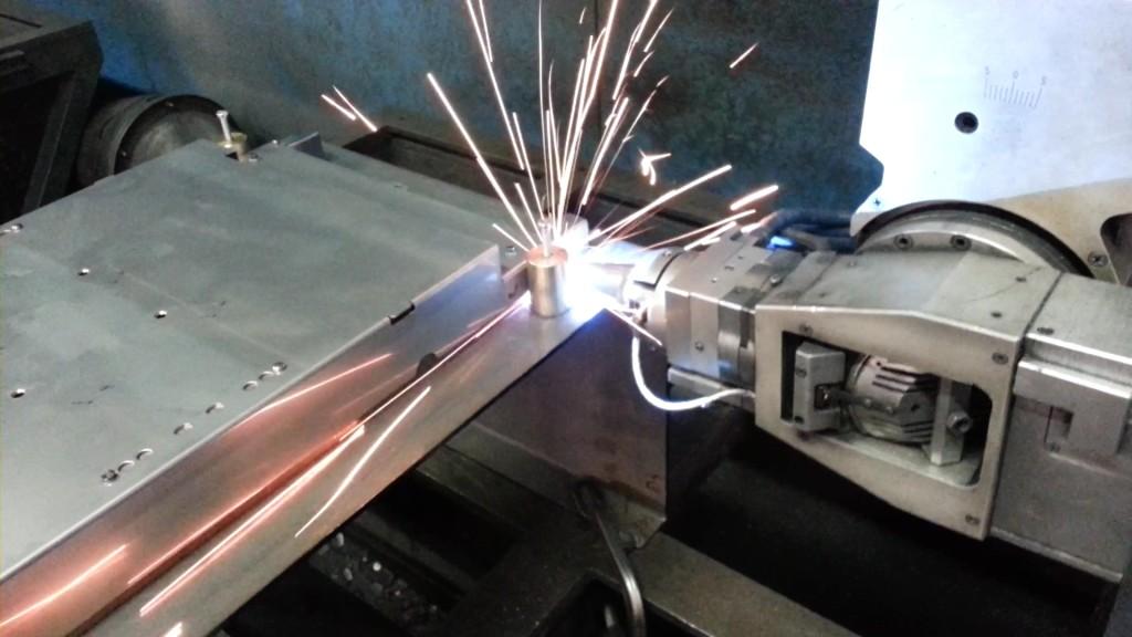 Taglio e saldatura laser 3D - Lavorazione lamiera | Silap Srl